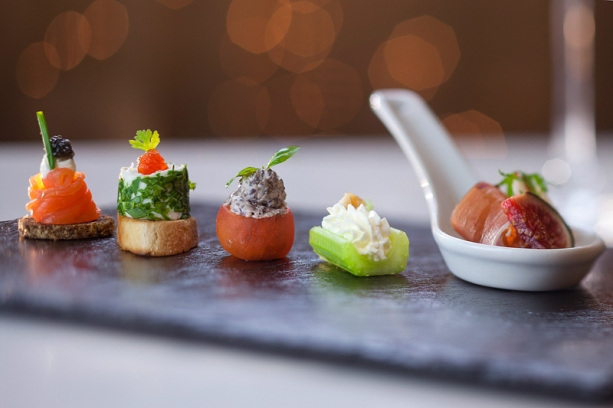 Canape gallery of luxury canapes supplier in london with for Best canape book